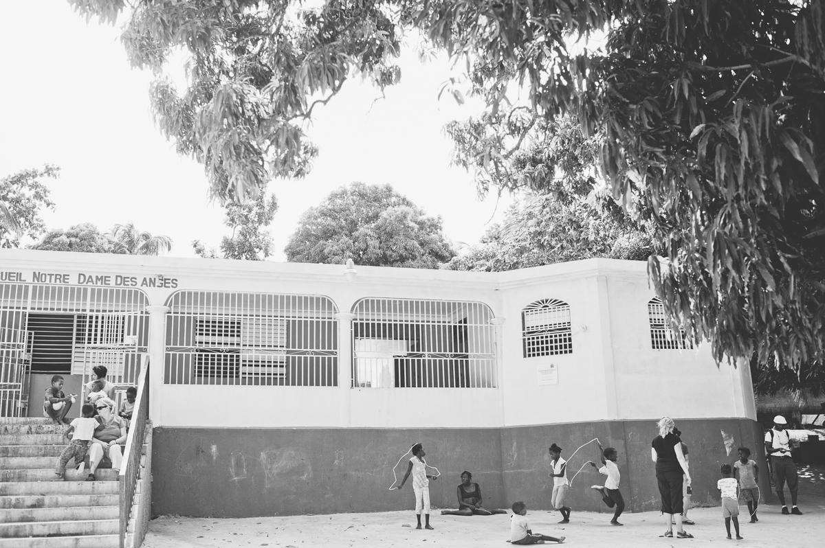 haiti photography soeur flora's orphanage in haiti volunteer in haiti at an orphanage-006