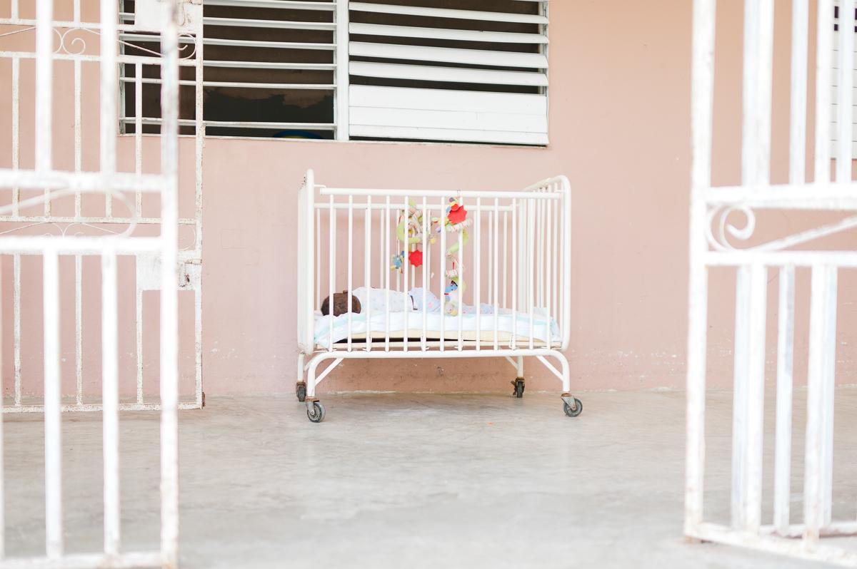 haiti photography soeur flora's orphanage in haiti volunteer in haiti at an orphanage-008