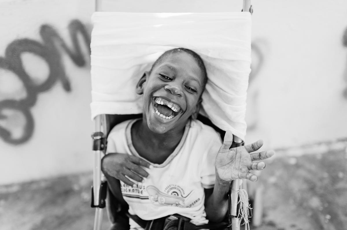 haiti photography soeur flora's orphanage in haiti volunteer in haiti at an orphanage-012
