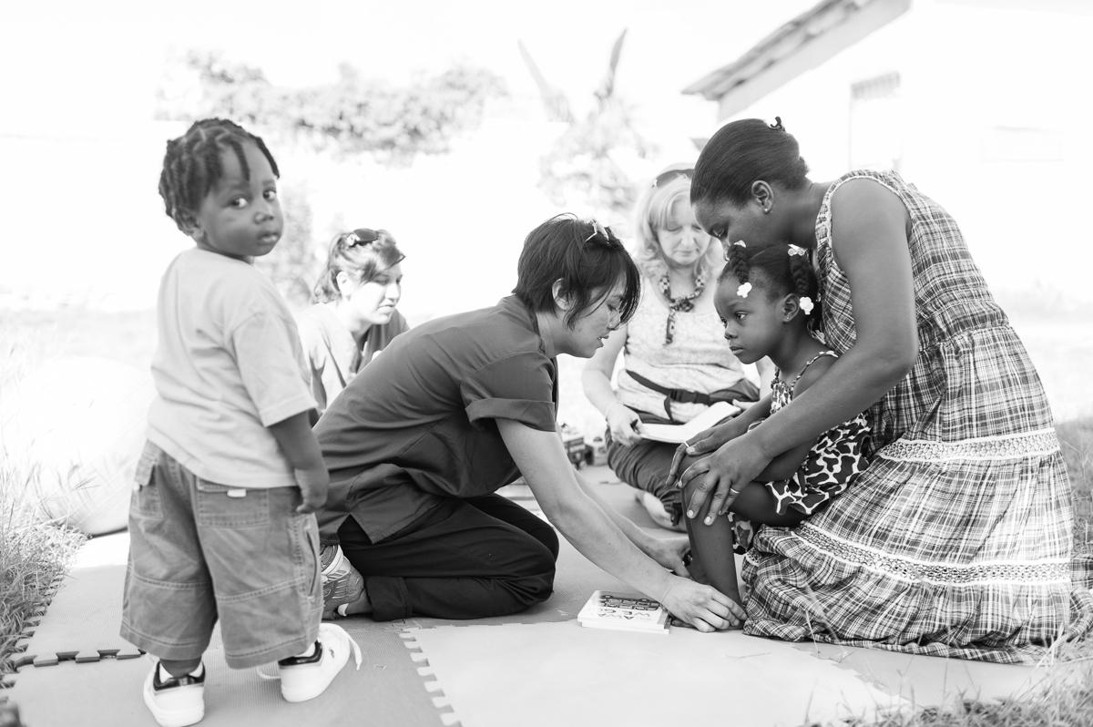 haiti photography soeur flora's orphanage in haiti volunteer in haiti at an orphanage-040