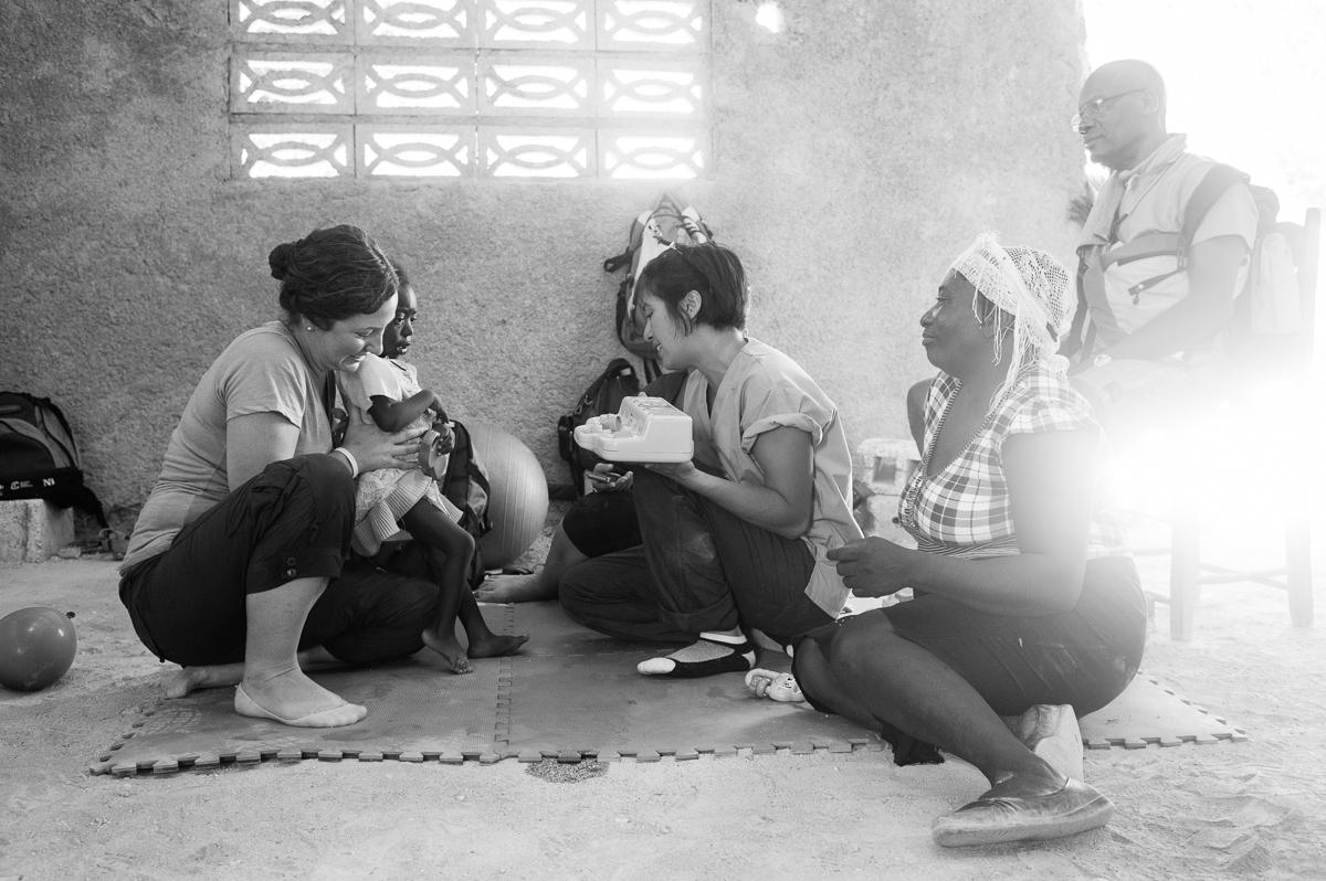 haiti photography soeur flora's orphanage in haiti volunteer in haiti at an orphanage-050