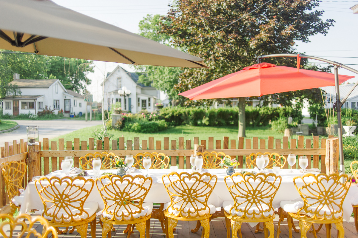 tara mcmullen photography intimate wedding venues ontario wedding venue picton bloomfield angelines inn bloomfield wedding where to elope in toronto-034