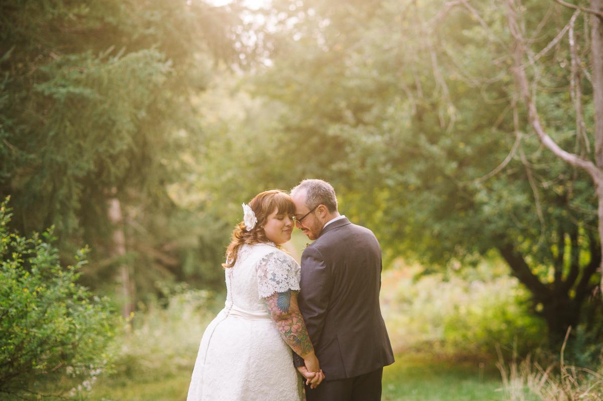 tara mcmullen photography ontario barn wedding calla evans' wedding friends in love lustre events-001
