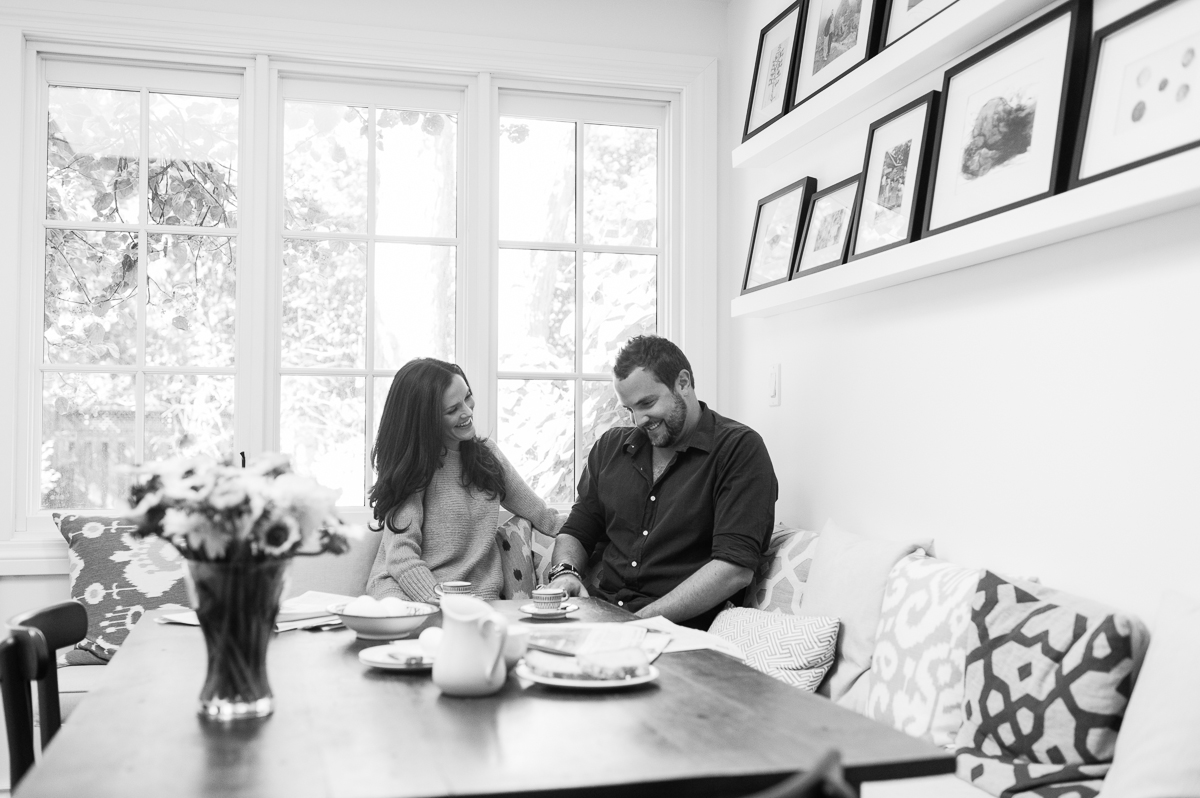 tara mcmullen photography toronto wedding photography at-home engagement session natural engagement photos monica and drew-021