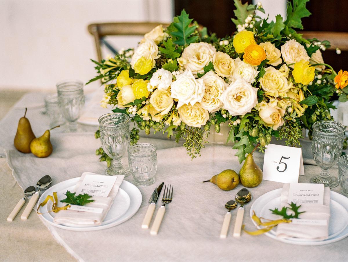 tara mcmullen photography lisa collins sweet woodruff flower design grey likes styled shoot dundurn castle wedding film wedding photography toronto film wedding photographer toronto-014
