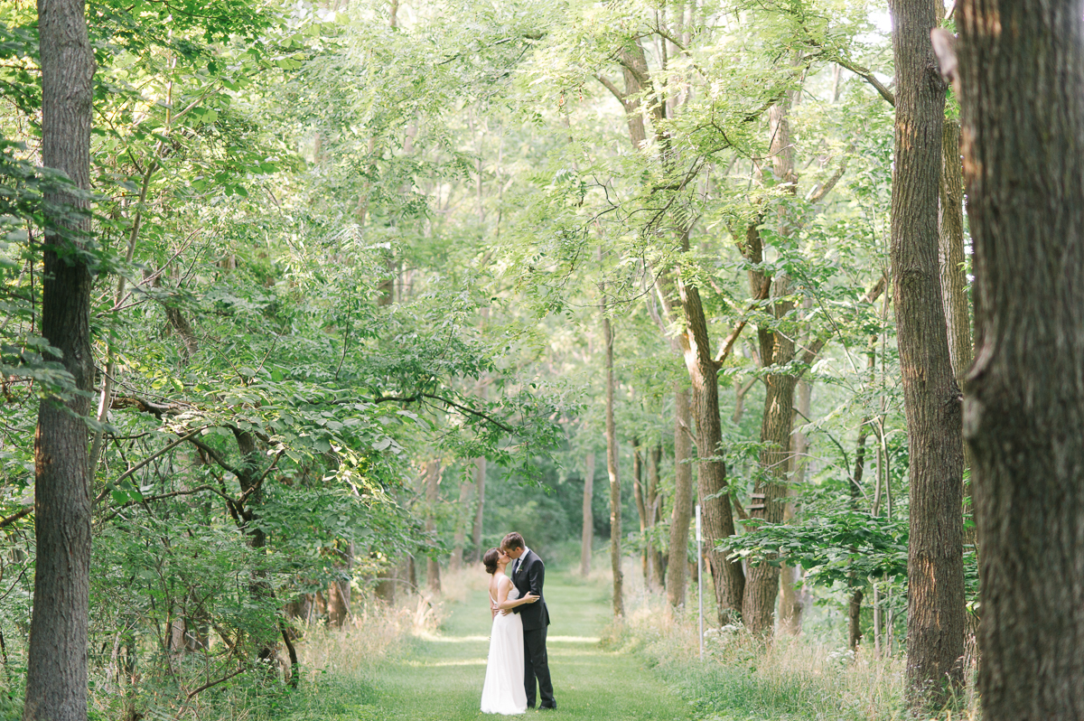 tara mcmullen photography at home weddings in toronto intimate weddings toronto documentary style wedding photographer toronto ancaster wedding-020