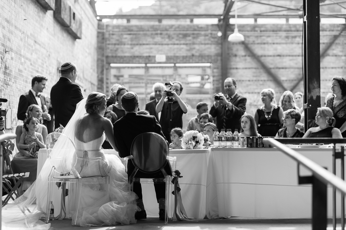 tara mcmullen photography evergreen brickworks wedding brick works wedding toronto wedding photos at the brickworks tiffany pratt wedding blush and bloom wedding florals documentary style wedding photography toronto-013