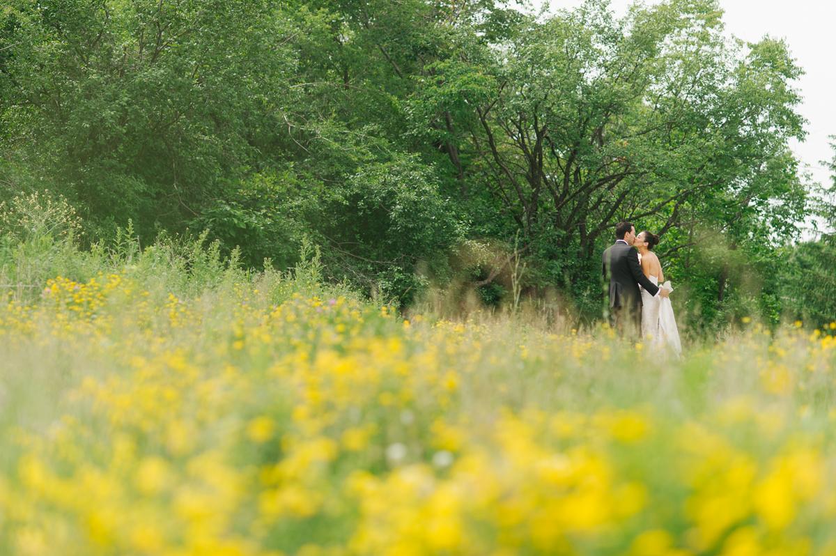 tara mcmullen photography toronto wedding photographer one fine day events toronto wedding at eagle's nest golf club-013