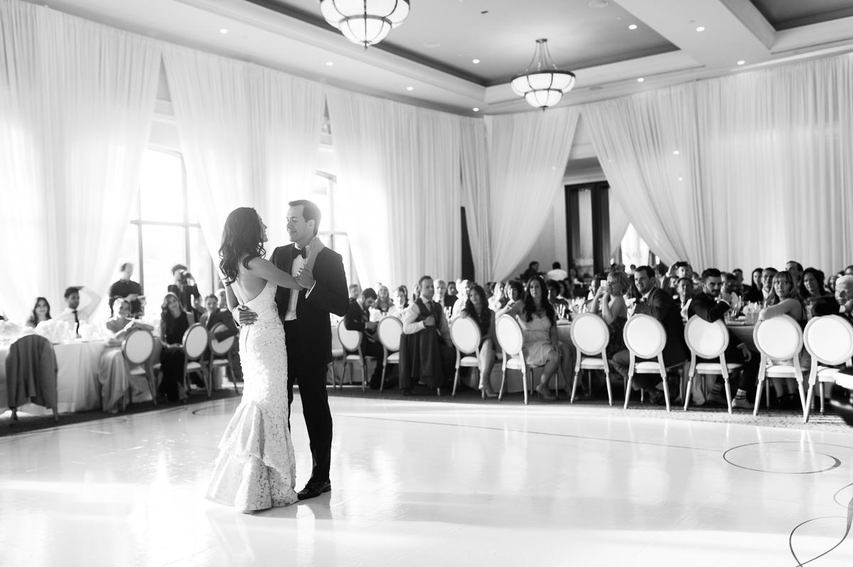tara mcmullen photography toronto wedding photographer one fine day events toronto wedding at eagle's nest golf club-035