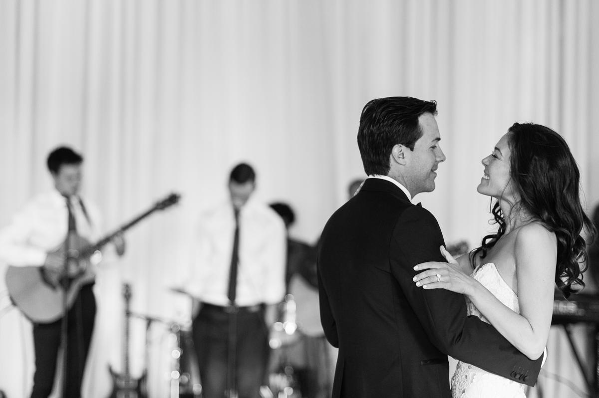 tara mcmullen photography toronto wedding photographer one fine day events toronto wedding at eagle's nest golf club-037