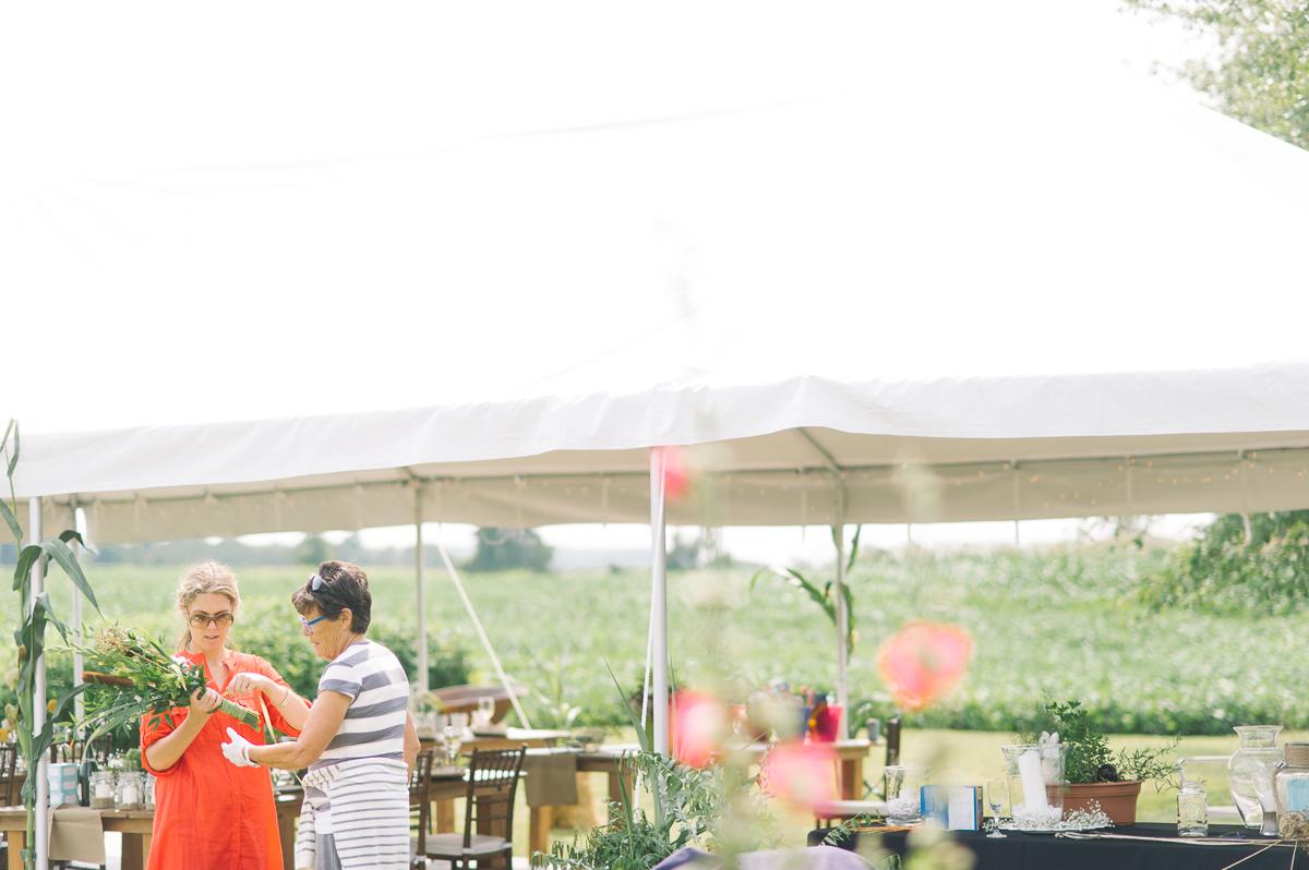 toronto wedding photography intimate wedding photography toronto elopement in toronto walkterton farm wedding farm wedding toronto-009