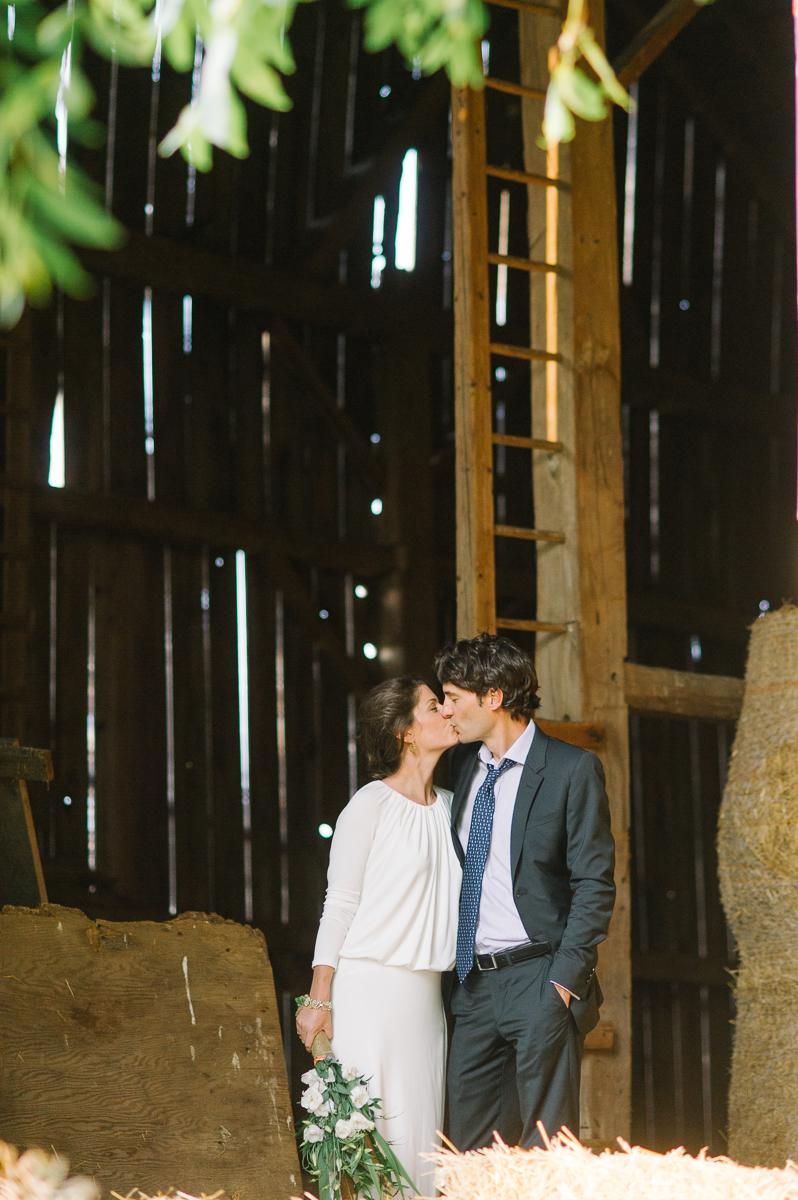 toronto wedding photography intimate wedding photography toronto elopement in toronto walkterton farm wedding farm wedding toronto-037