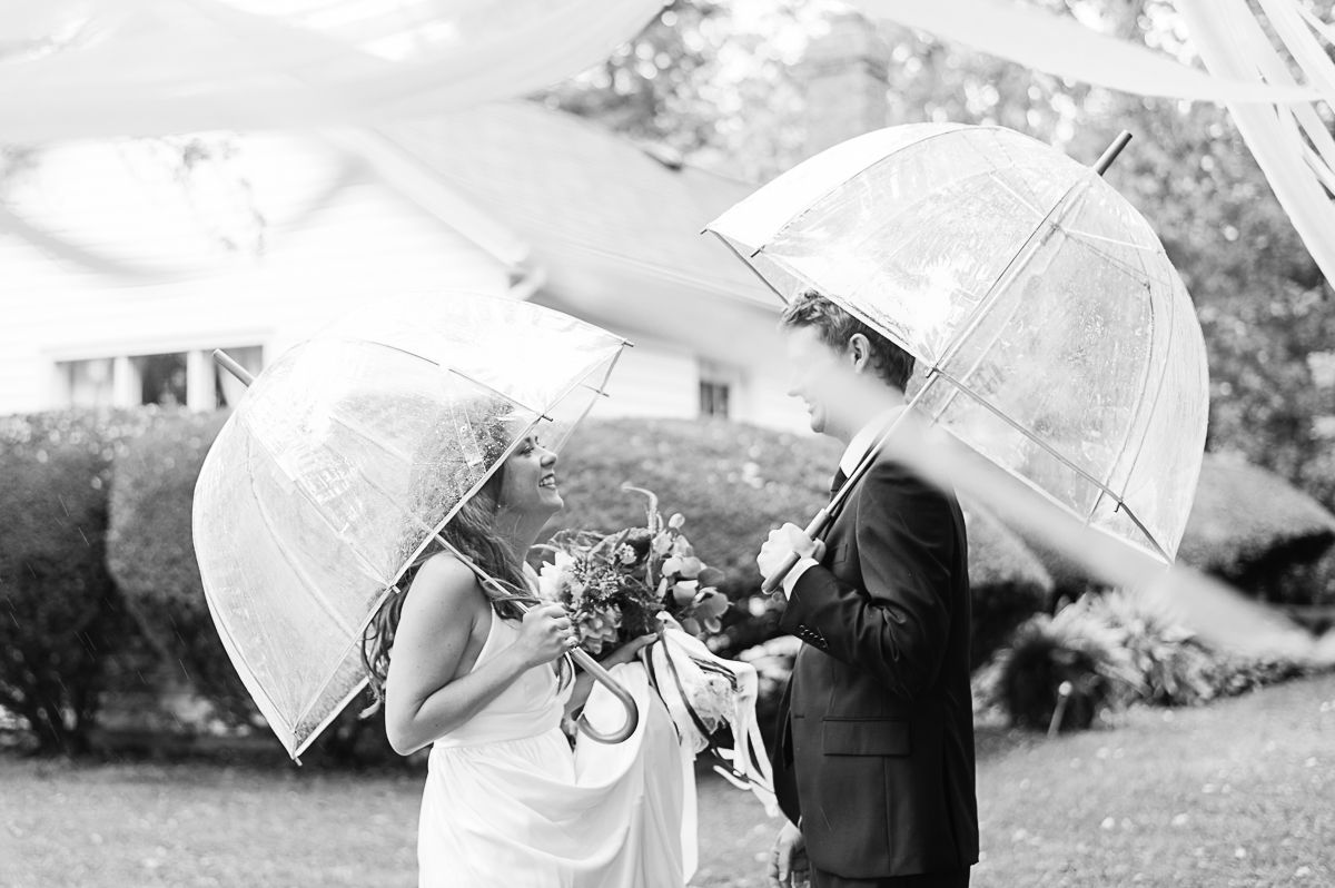 tara mcmullen photography toronto wedding photographer associate photographer barb simkova kurtz orchard wedding niagara gracewood estates wedding niagara on the lake wedding photographer-008
