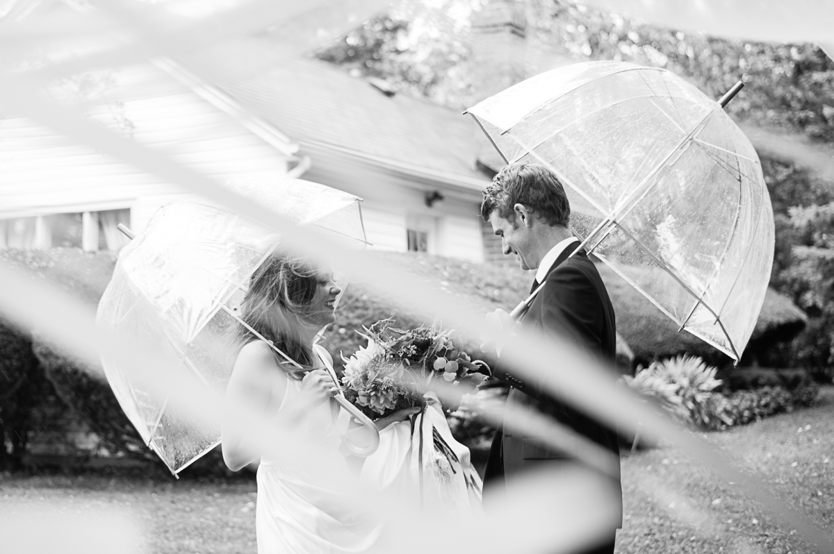 tara mcmullen photography toronto wedding photographer associate photographer barb simkova kurtz orchard wedding niagara gracewood estates wedding niagara on the lake wedding photographer-009