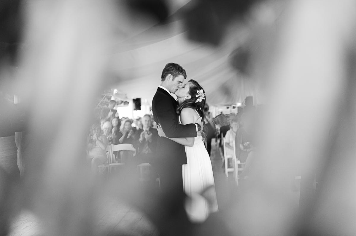 tara mcmullen photography toronto wedding photographer associate photographer barb simkova kurtz orchard wedding niagara gracewood estates wedding niagara on the lake wedding photographer-030