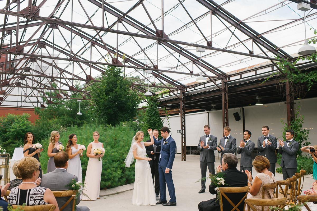 tara mcmullen photography toronto wedding photographer brick works wedding photography toronto brickworks wedding photos documentary wedding photographer toronto-046