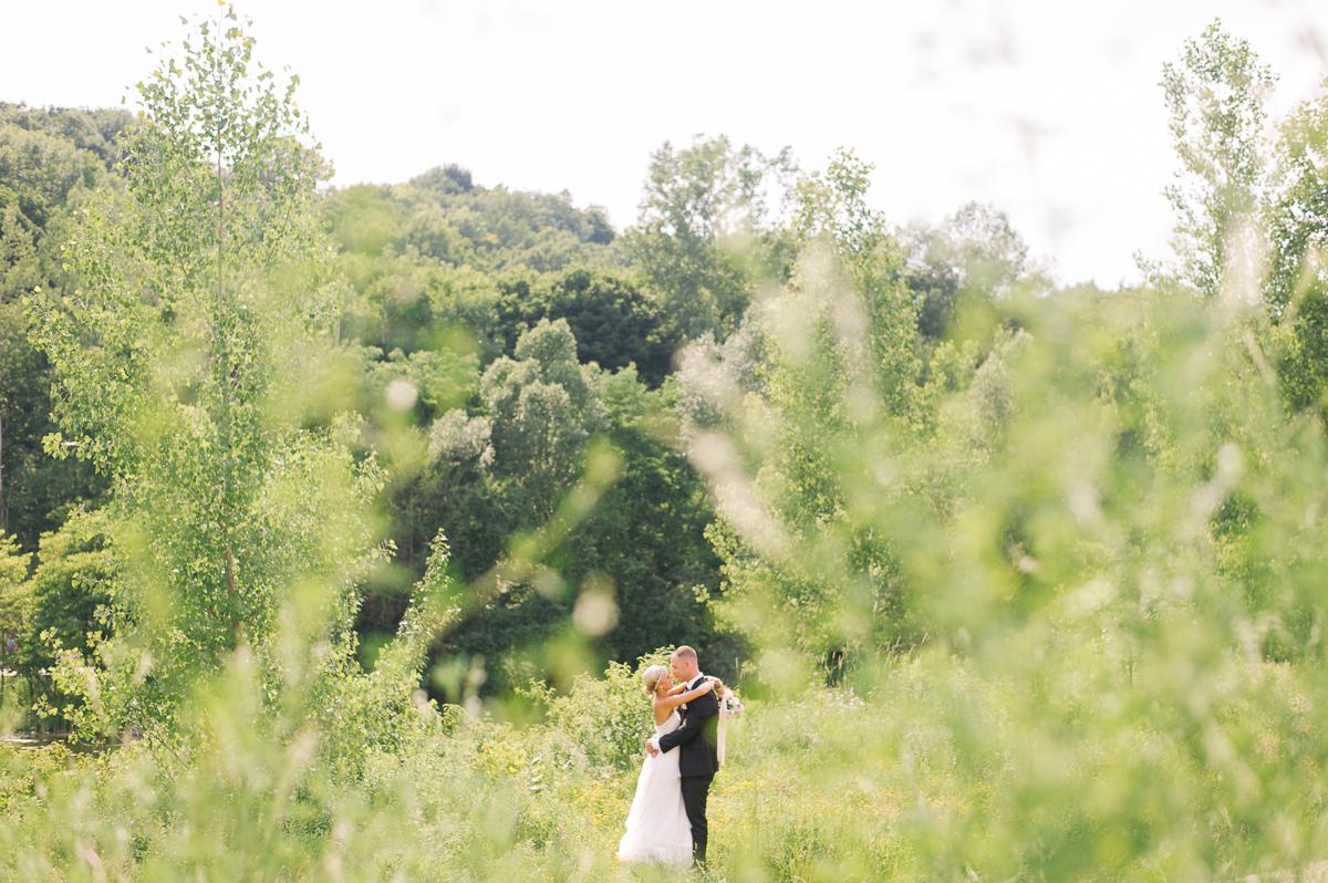 tara mcmullen photography toronto wedding photography barb simkova associate photographer berkeley church wedding toronto brickworks wedding photography toronto-014