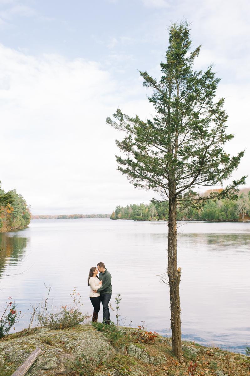 tara mcmullen photography toronto wedding photographer engagement photography toronto natural engagement photos toronto kingston wedding photographer-001
