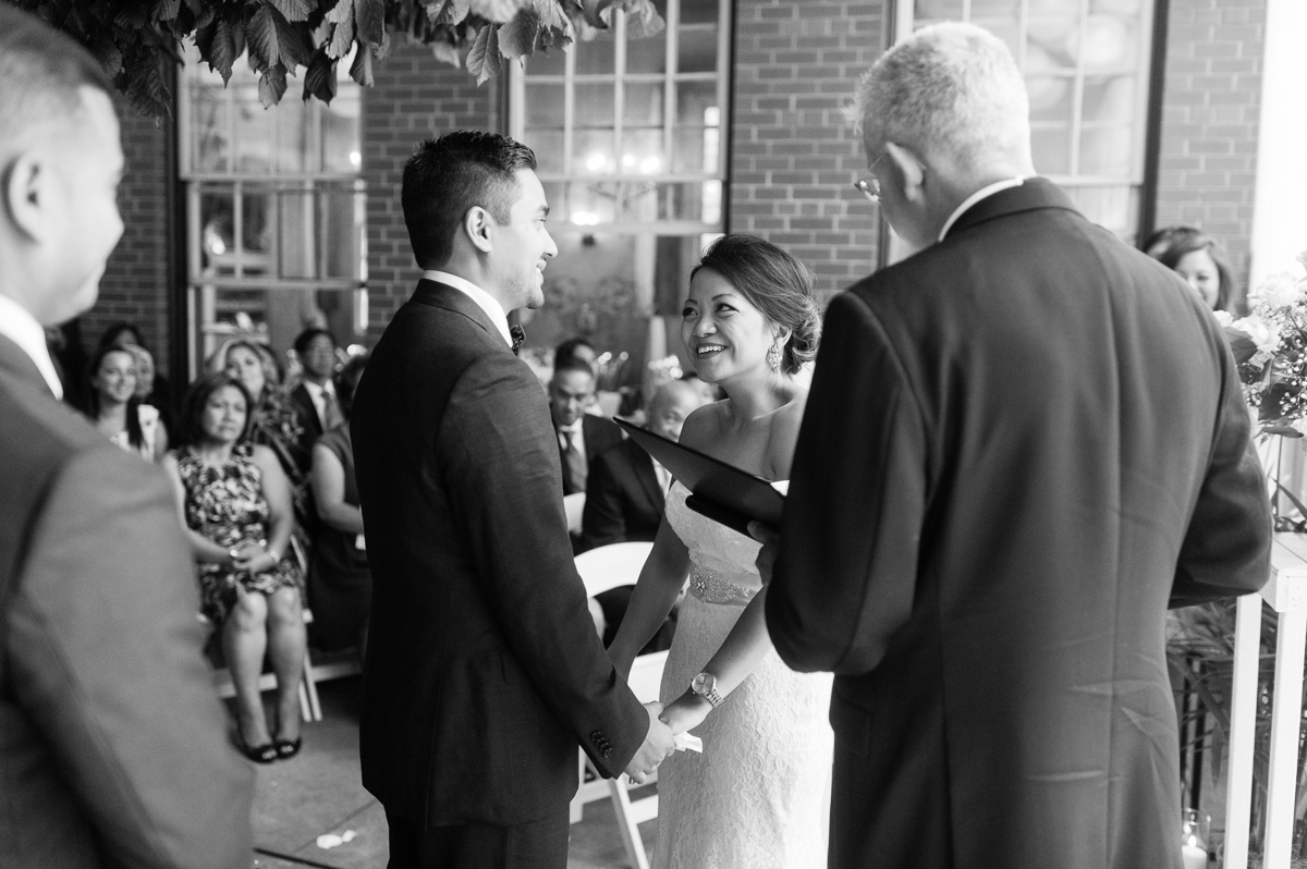 tara mcmullen photography toronto wedding photography thompson hotel wedding photography liberty village wedding photography documentary style wedding photography toronto-030