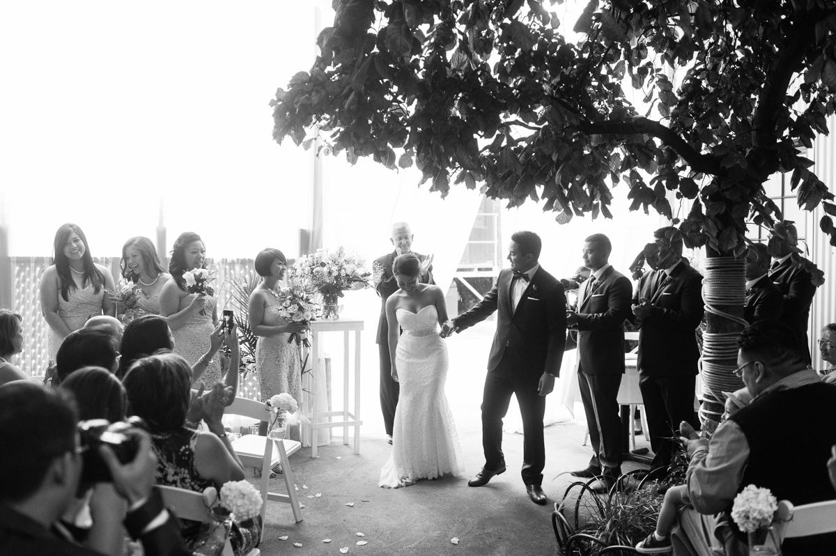 tara mcmullen photography toronto wedding photography thompson hotel wedding photography liberty village wedding photography documentary style wedding photography toronto-033