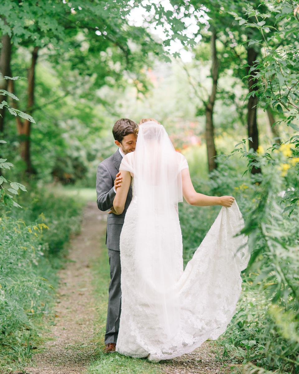 tara mcmullen photography toronto wedding photographer millcroft inn wedding photos documentary style wedding photography toronto associate photographer barb simkova-010
