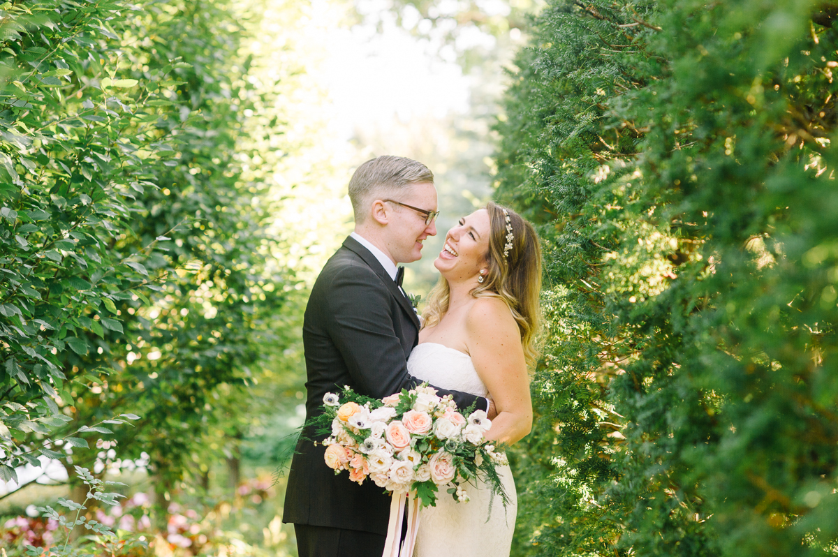 tara mcmullen photography graydon hall wedding associate photographer barb simkova sweet woodruff flowers toronto documentary style wedding photography toronto wedding photographer-028