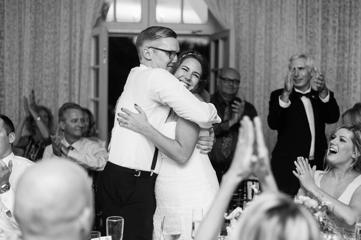 tara mcmullen photography graydon hall wedding associate photographer barb simkova sweet woodruff flowers toronto documentary style wedding photography toronto wedding photographer-051