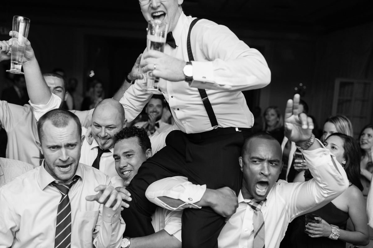 tara mcmullen photography graydon hall wedding associate photographer barb simkova sweet woodruff flowers toronto documentary style wedding photography toronto wedding photographer-071