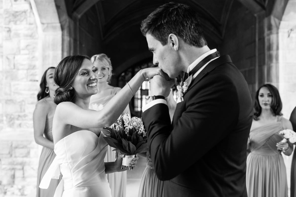 tara mcmullen photography toronto wedding photographer knox college wedding photos four seasons wedding toronto karina lemke weddings vera wang gown-010
