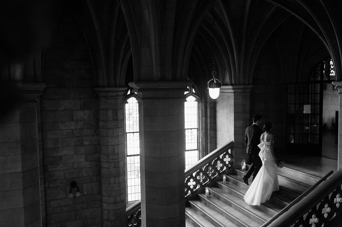 tara mcmullen photography toronto wedding photographer knox college wedding photos four seasons wedding toronto karina lemke weddings vera wang gown-018
