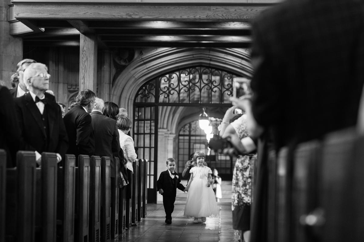 tara mcmullen photography toronto wedding photographer knox college wedding photos four seasons wedding toronto karina lemke weddings vera wang gown-020