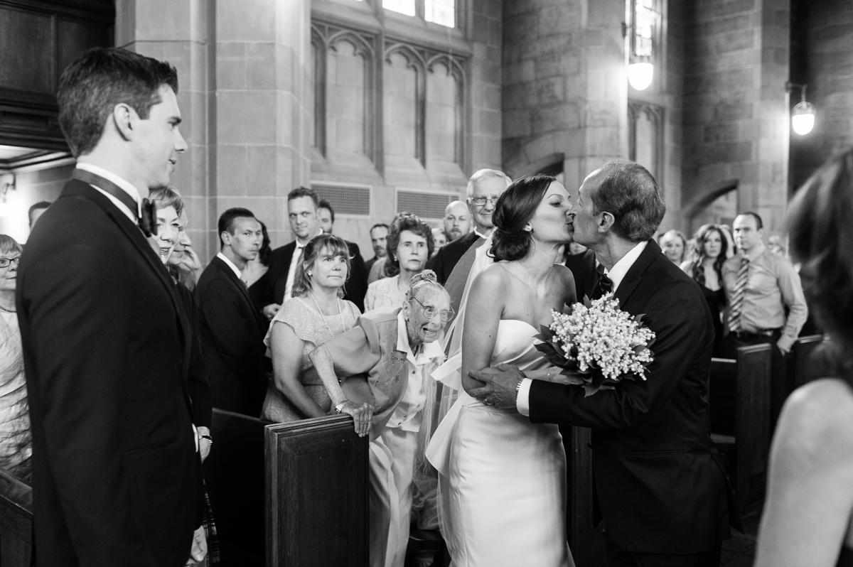 tara mcmullen photography toronto wedding photographer knox college wedding photos four seasons wedding toronto karina lemke weddings vera wang gown-025