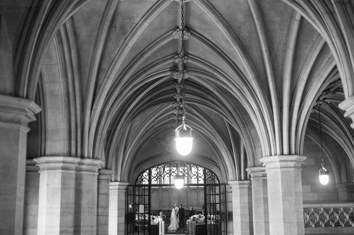 tara mcmullen photography toronto wedding photographer knox college wedding photos four seasons wedding toronto karina lemke weddings vera wang gown-029