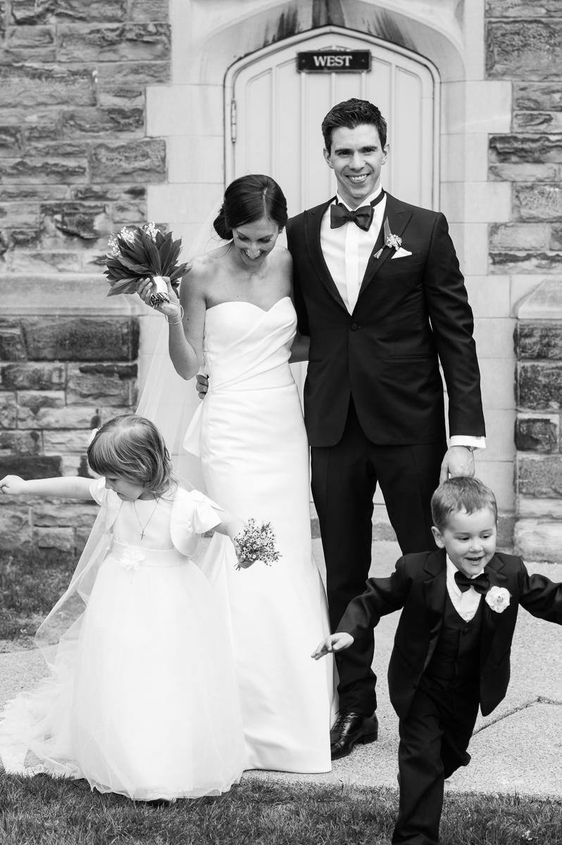 tara mcmullen photography toronto wedding photographer knox college wedding photos four seasons wedding toronto karina lemke weddings vera wang gown-039