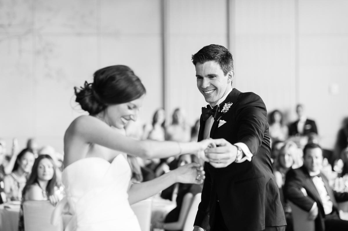 tara mcmullen photography toronto wedding photographer knox college wedding photos four seasons wedding toronto karina lemke weddings vera wang gown-052