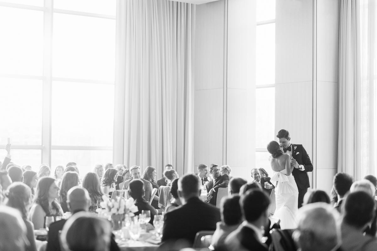 tara mcmullen photography toronto wedding photographer knox college wedding photos four seasons wedding toronto karina lemke weddings vera wang gown-053