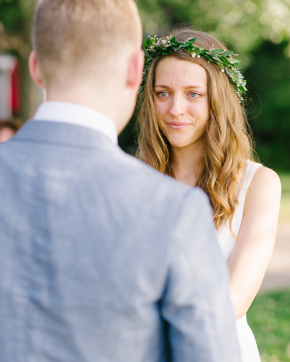 tara mcmullen photography documentary style wedding photography toronto island wedding wards island wedding best outdoor wedding venues toronto-026