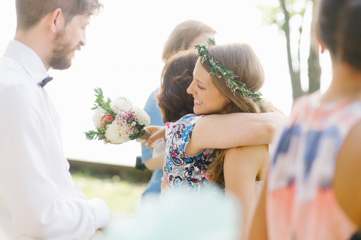 tara mcmullen photography documentary style wedding photography toronto island wedding wards island wedding best outdoor wedding venues toronto-033