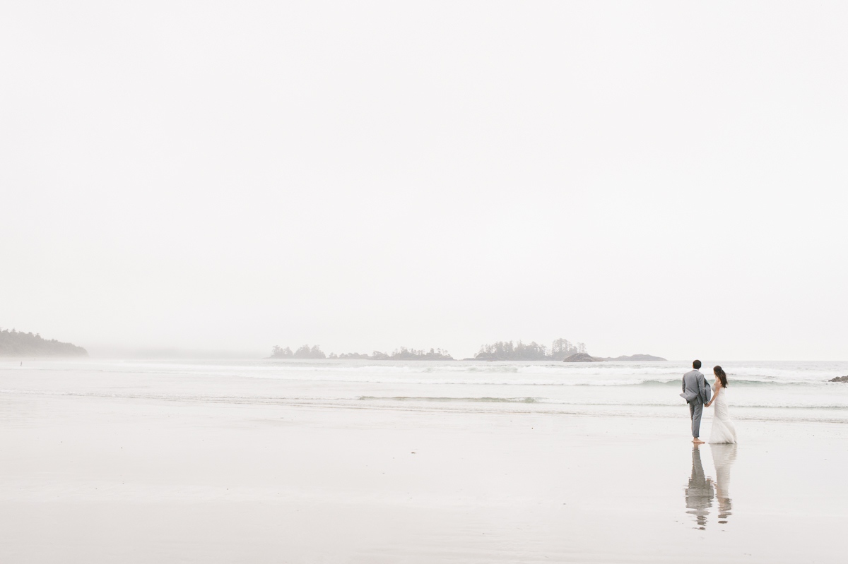 tara mcmullen photography wickaninnish inn wedding wick inn elopement tofino elopement photographer beach elopement in canada BC elopement where to elope in tofino-007
