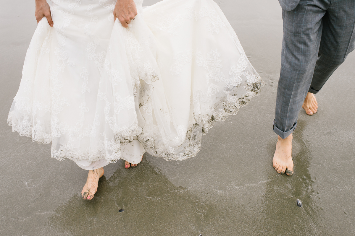 tara mcmullen photography wickaninnish inn wedding wick inn elopement tofino elopement photographer beach elopement in canada BC elopement where to elope in tofino-011
