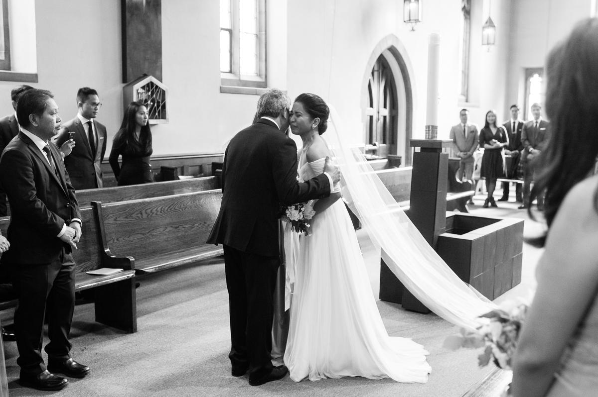 tara mcmullen photography toronto wedding photographer distillery district wedding cluny wedding photos sweet woodruff wedding flowers-009