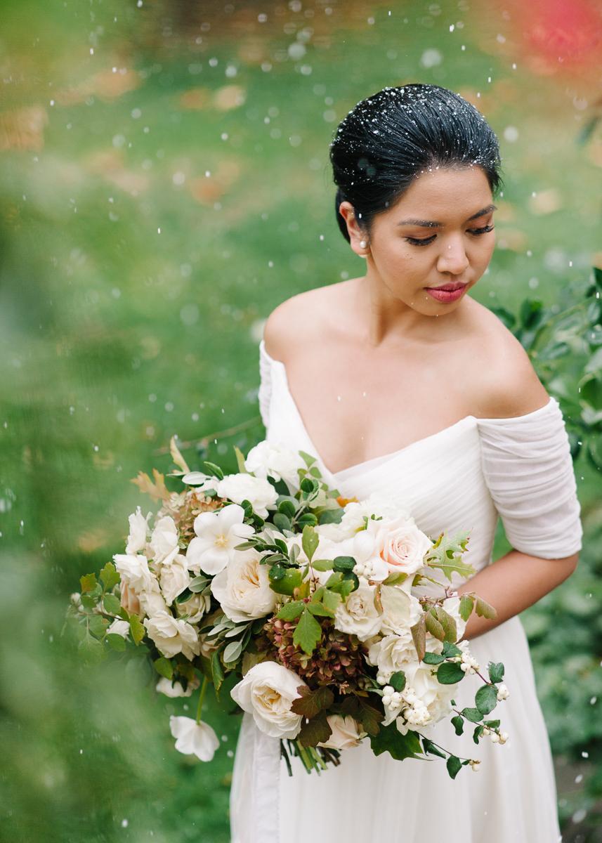 tara mcmullen photography toronto wedding photographer distillery district wedding cluny wedding photos sweet woodruff wedding flowers-028