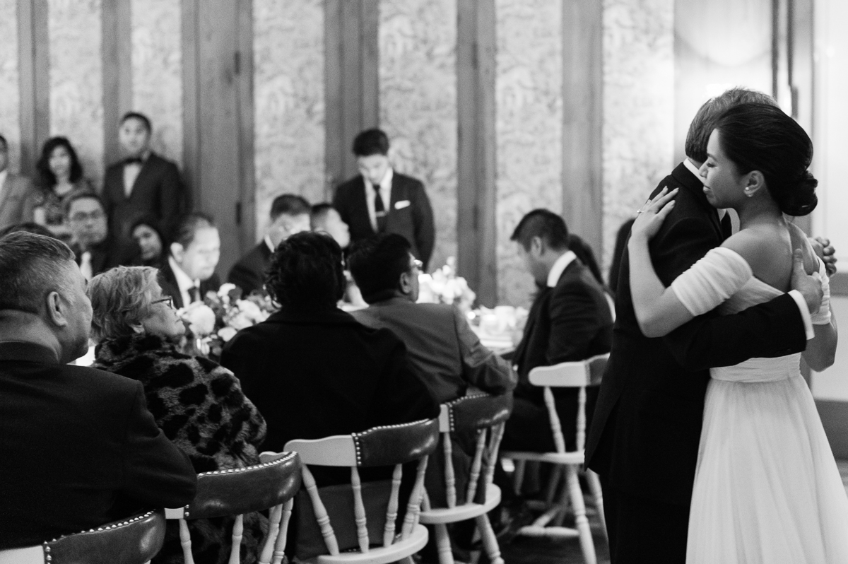 tara mcmullen photography toronto wedding photographer distillery district wedding cluny wedding photos sweet woodruff wedding flowers-050
