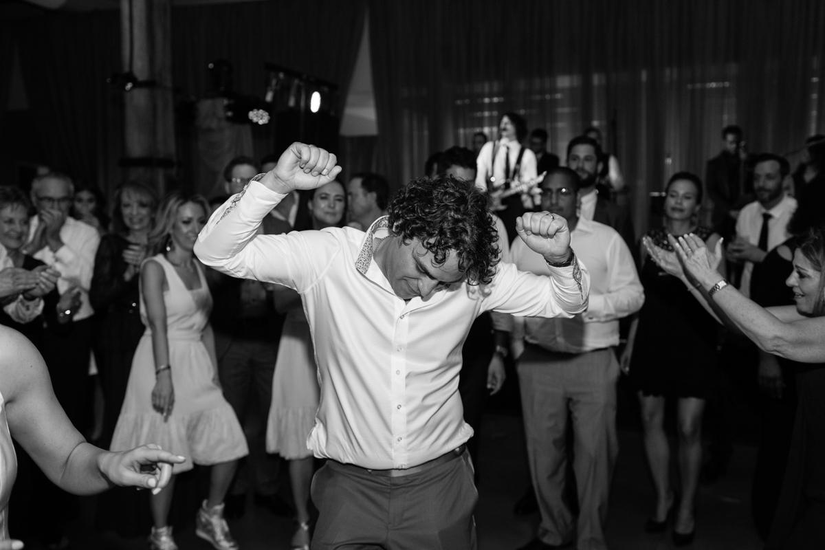 tara mcmullen photography leons wedding toronto best loft wedding venues toronto documentary wedding photographer toronto cherry blossom wedding sweet woodruff wedding toronto-053