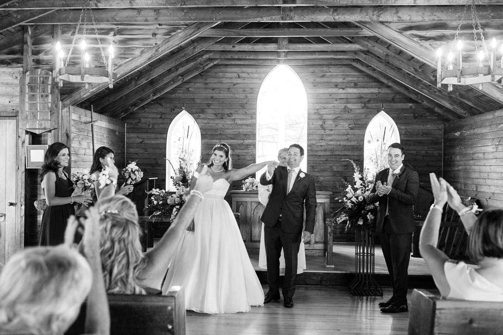 tara mcmullen photography muskoka wedding photographer st peters on the rock wedding photos muskoka wedding photos where to get married in muskoka camp ooch wedding-030