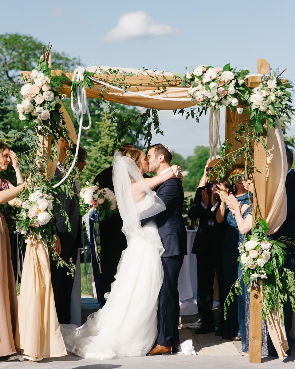 tara mcmullen photography toronto wedding photographer whistlebear golf club wedding jewish wedding photographer toronto best wedding venues in toronto-024