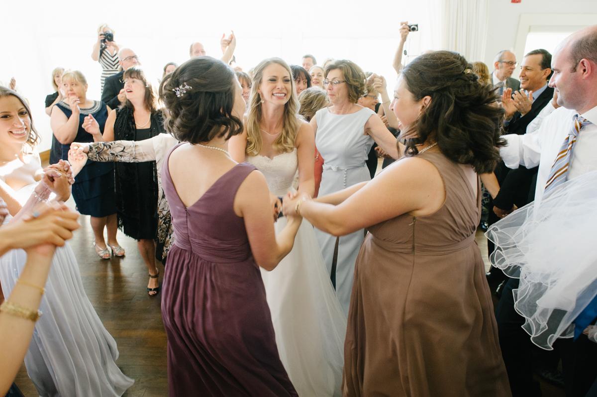 tara mcmullen photography toronto wedding photographer whistlebear golf club wedding jewish wedding photographer toronto best wedding venues in toronto-042