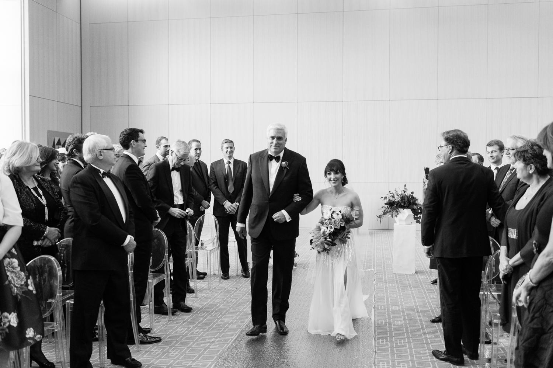 tara mcmullen photography four seasons toronto wedding photos jesi haack design wedding love by lynzie wedding confetti and champagne-028