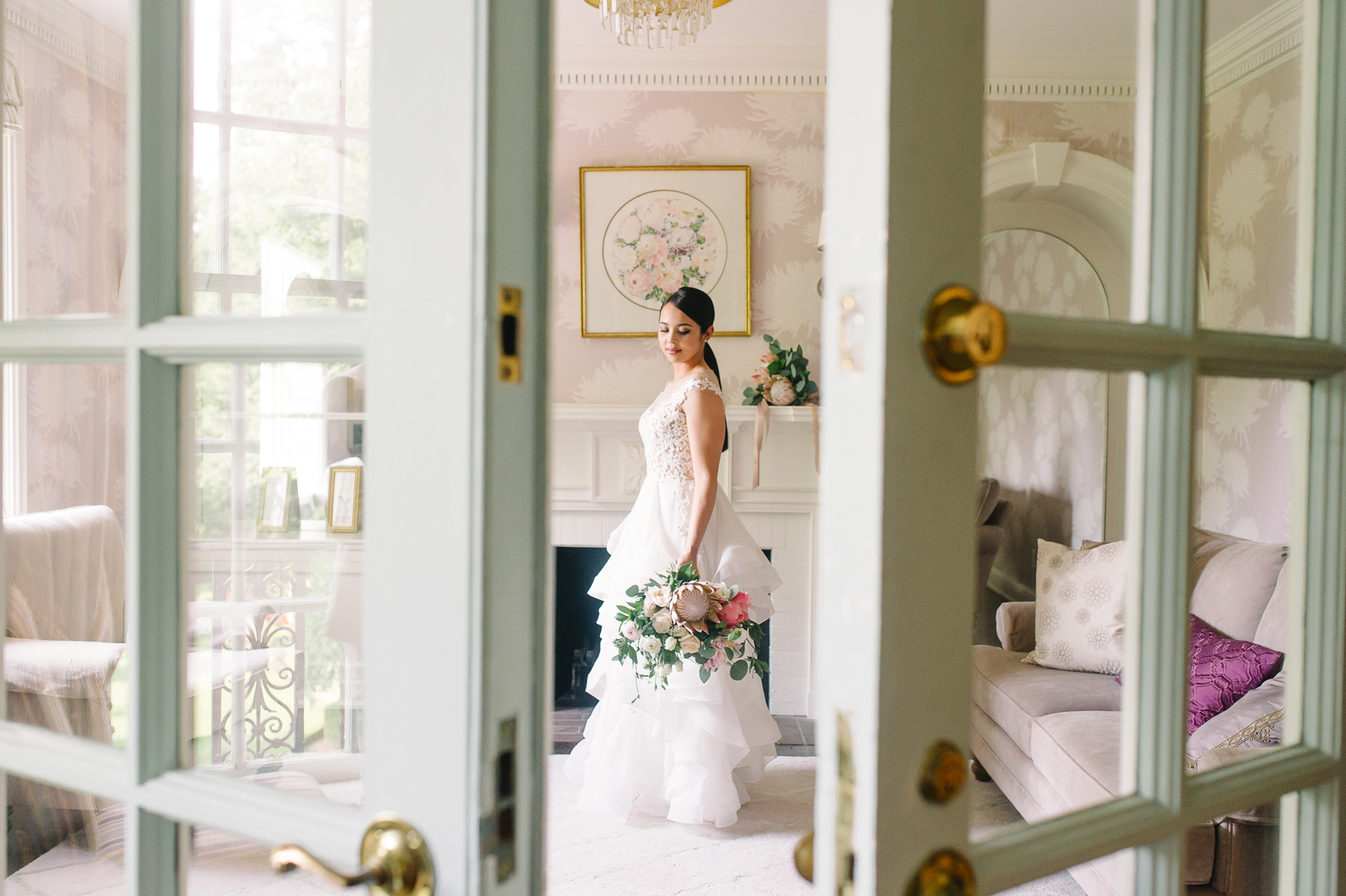 tara-mcmullen-photography-barb-simkova-mclean-house-wedding-estates-of-sunnybrook-wedding-shealyn-angus-wedding-blush-and-bloom-wedding-013
