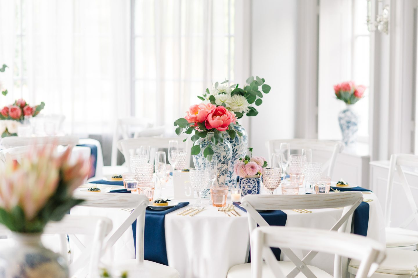 tara-mcmullen-photography-barb-simkova-mclean-house-wedding-estates-of-sunnybrook-wedding-shealyn-angus-wedding-blush-and-bloom-wedding-028